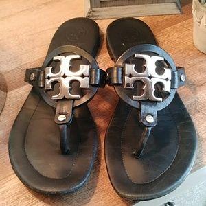 Tory Burch Miller 2 black emblem sandals sz 8.5
